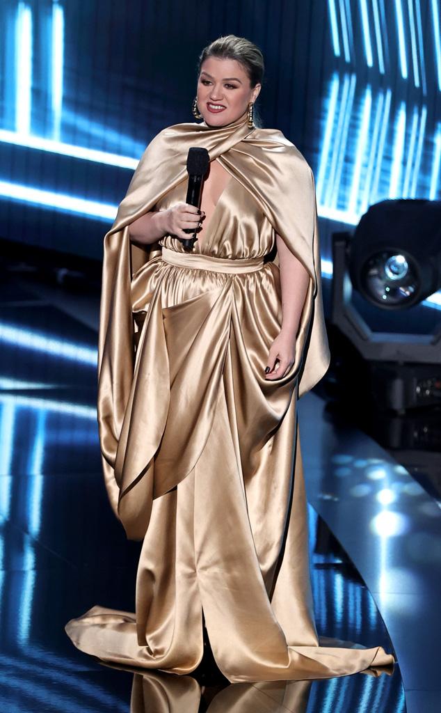 Kelly Clarkson, 2020 Billboard Music Awards