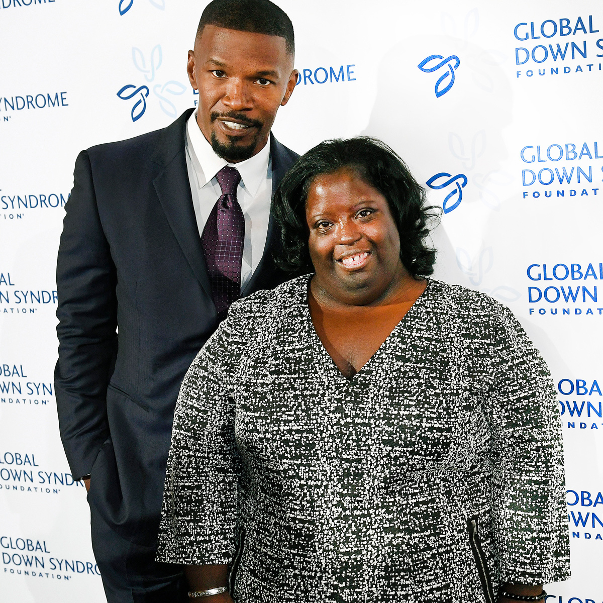 Jamie Foxx Says His ''Heart Is Shattered'' After the Death of Younger Sister DeOndra Dixon