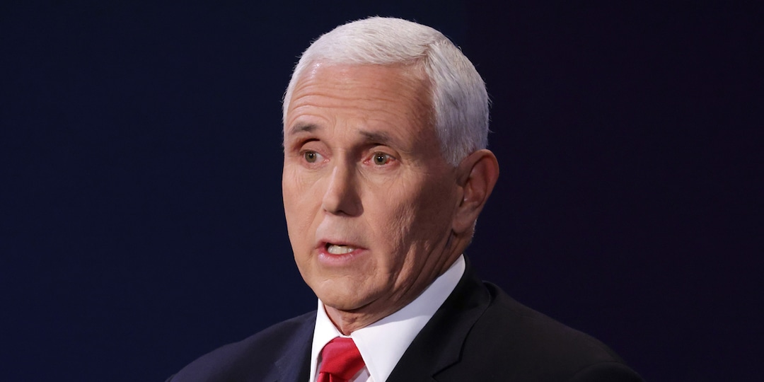 Cedric the Entertainer Just Reminded Us of That Fly on Mike Pence's Head in Buzzy 2021 Emmys Sketch - E! Online.jpg