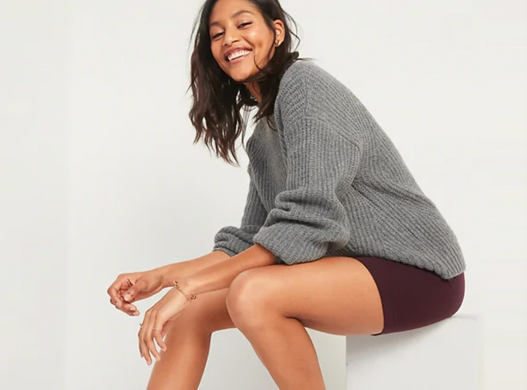 E-comm: Old Navy Activewear Sale