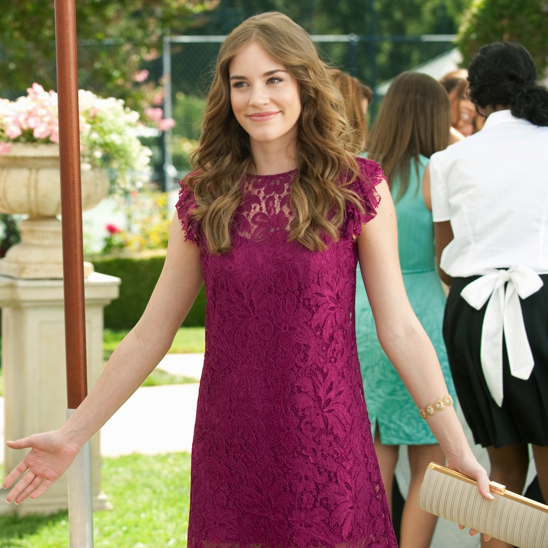 """Revenge Reunion Organizer Says Christa B. Allen Will """"Completely"""" Be Invited After Obvious Snub – E! On-line"""