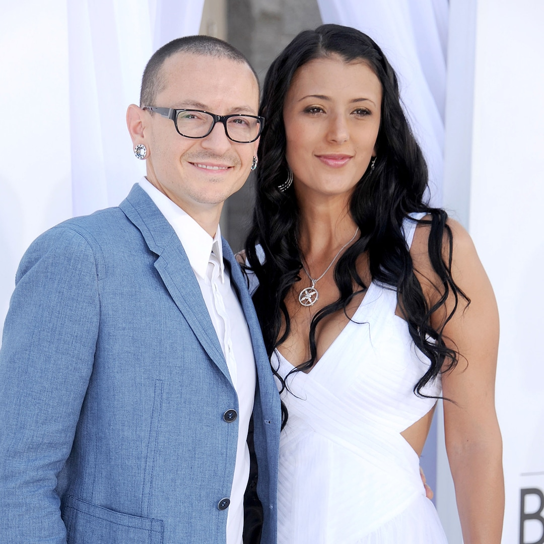 Chester Bennington's Widow Honors Late Linkin Park Star on His 45th Birthday