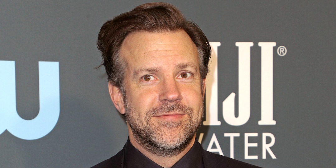 Jason Sudeikis Gives a Sweet Shout-Out to His Ex Olivia Wilde at the Critics Choice Awards - E! Online.jpg