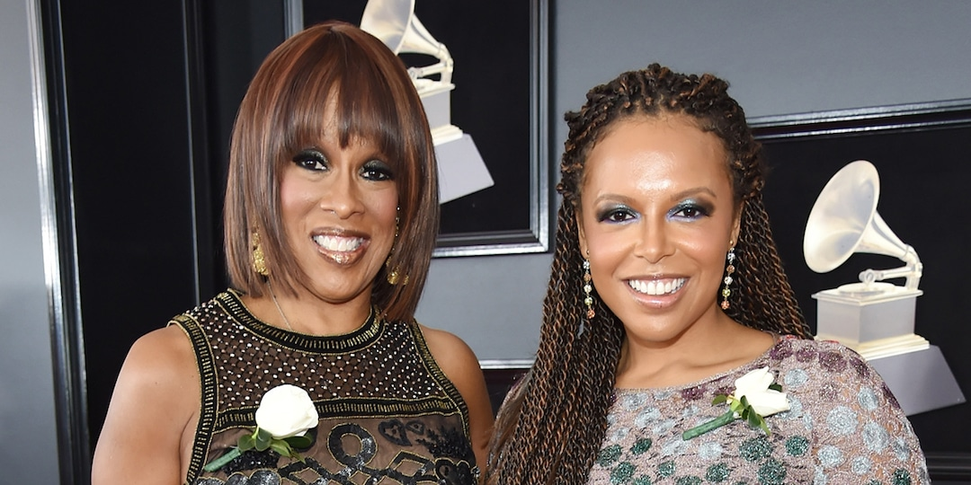 Gayle King Cradles Pregnant Daughter Kirby's Baby Bump in Sweet Photos - E! Online.jpg