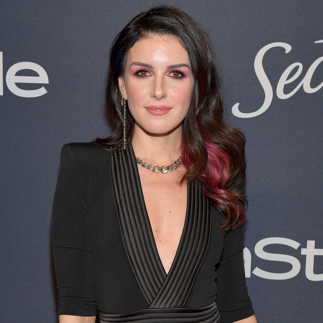 Shenae Grimes Is Pregnant With Baby No. 2 - E! NEWS