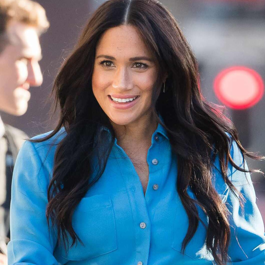 Here's The Powerful Message Behind Meghan Markle's Pregnancy Announcement Outfit - E! NEWS