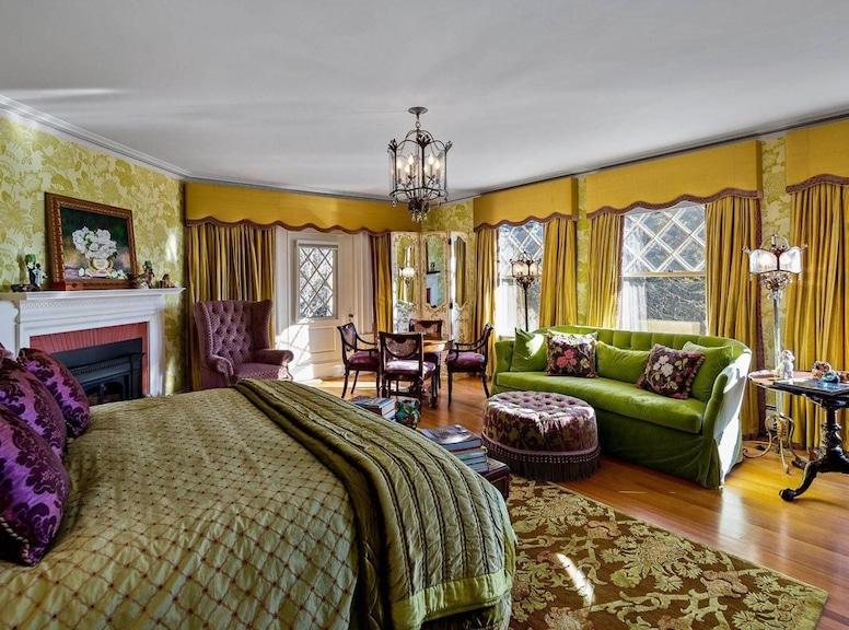 John Travolta, Islesboro, Maine House Home