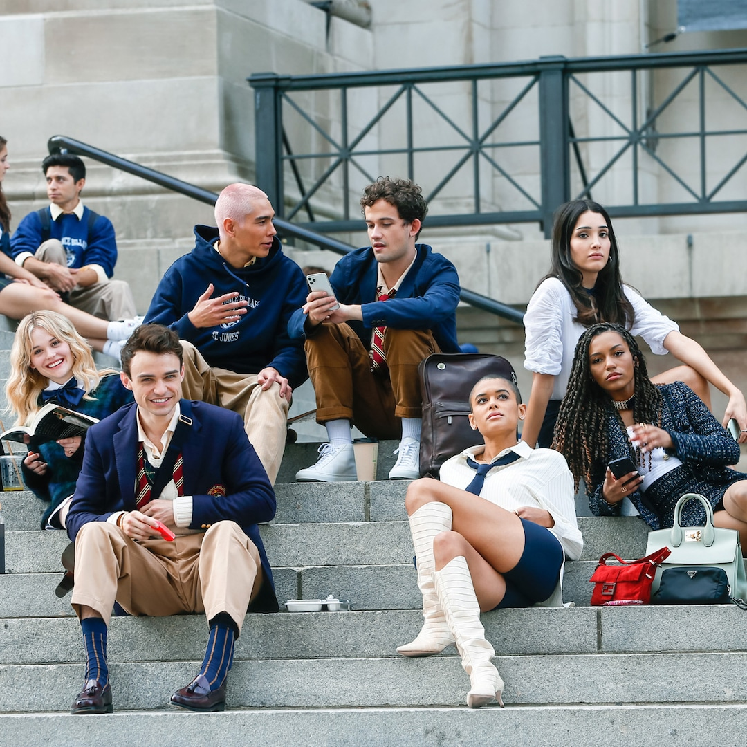 New Gossip Girl Cast Teases How the Reboot Will Be