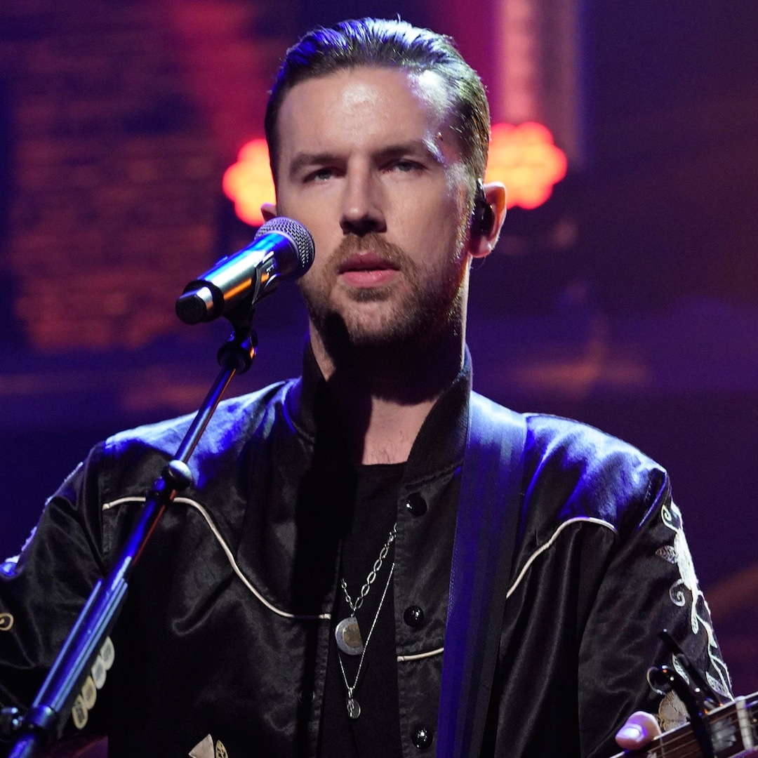 """T.J. Osborne Addresses """"Hurdles"""" in Nation Music After Coming Out as Homosexual – E! On-line"""