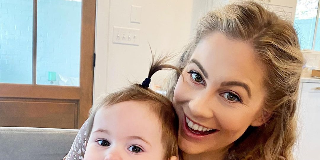 Why Shawn Johnson Doesn't Care What You Think About Her Breastfeeding Journey - E! Online.jpg