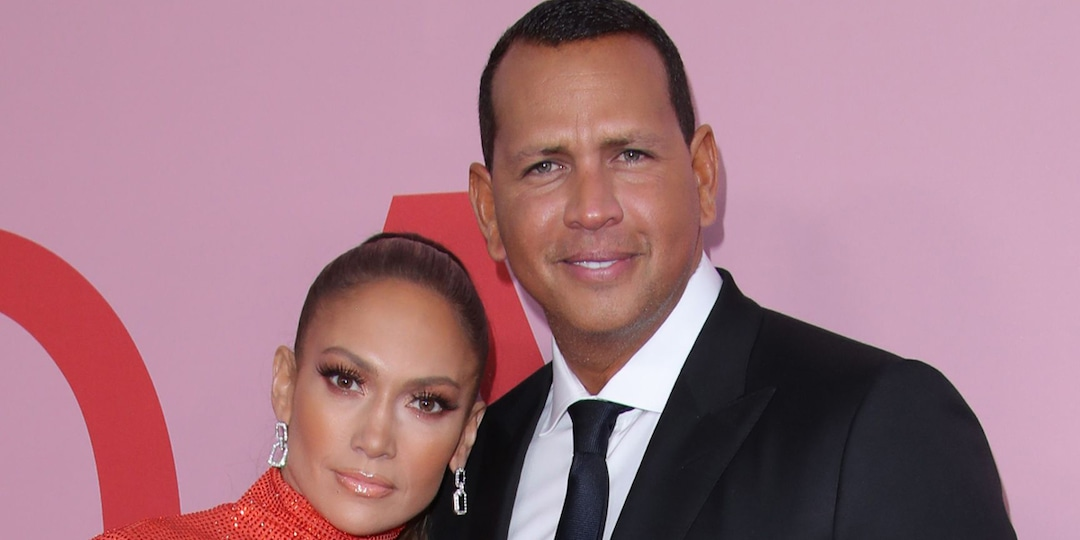 Alex Rodriguez's Dinner Date With Daughters Features Empty Seats After Jennifer Lopez Split - E! Online.jpg