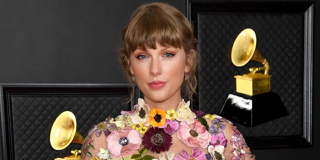 Why Taylor Swift Says Red Will Be Her Next Re-Recorded Album - E! Online.jpg