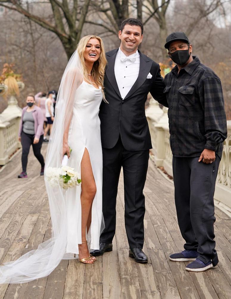 Denzel Washington, Photobomb Wedding Photoshoot