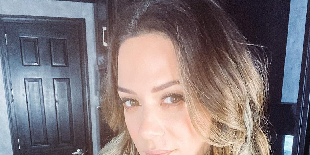 """Jana Kramer Shares Details From Being """"Mentally, Physically and Emotionally Abused"""" in Past Relationships - E! Online.jpg"""