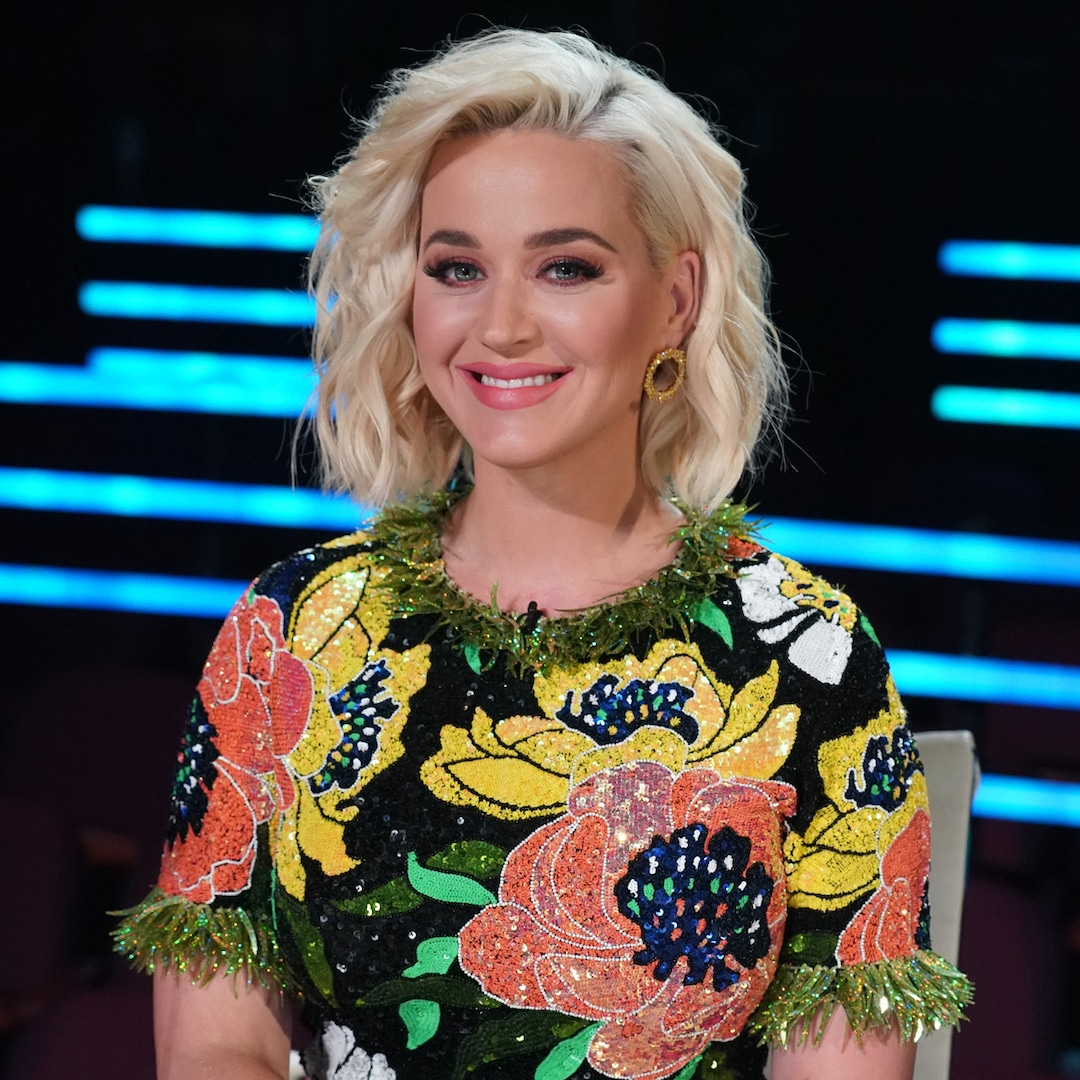 "Katy Perry Calls Social Media the""Decline of Human Civilization"" at Fiery Tweets thumbnail"