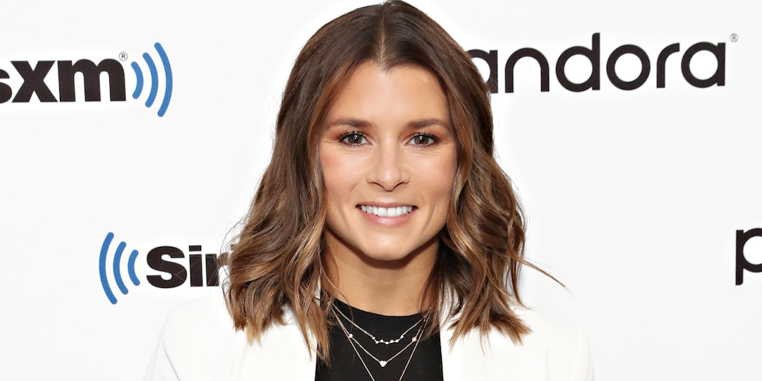 Danica Patrick Cozies Up to Entrepreneur Carter Comstock Nearly a Year After Aaron Rodgers Breakup - E! Online.jpg