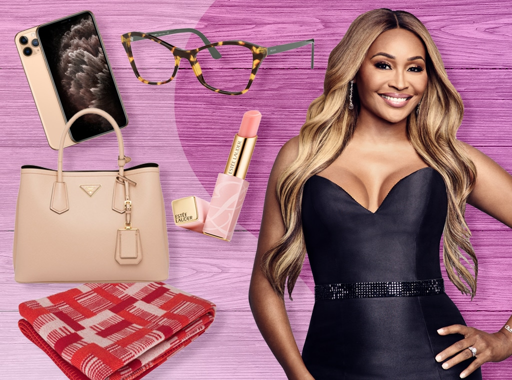 E-Comm: Cynthia Bailey, Whats In Her Bag