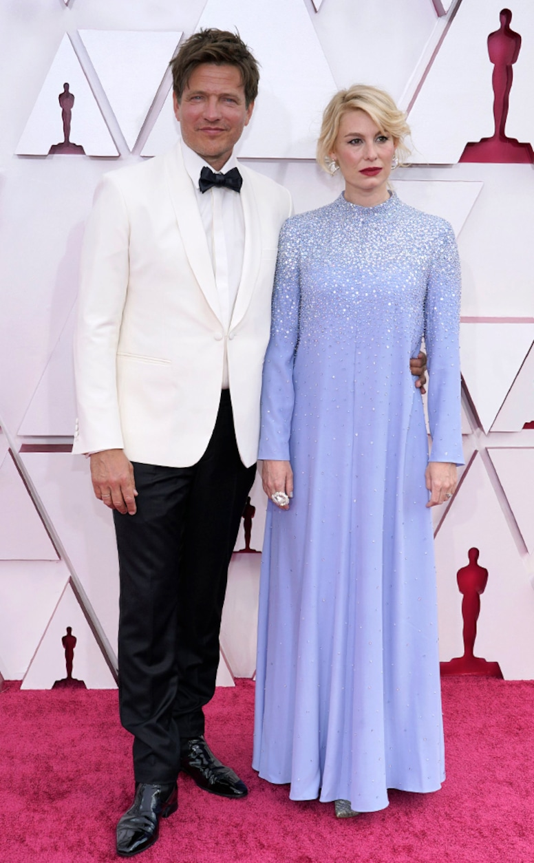Photos from Oscars 2021 Red Carpet Fashion - Page 4 - E! Online