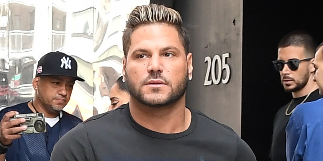 "Ronnie Ortiz-Magro Is Seeking Treatment for ""Psychological Issues"" as He Avoids Domestic Violence Charges - E! Online.jpg"