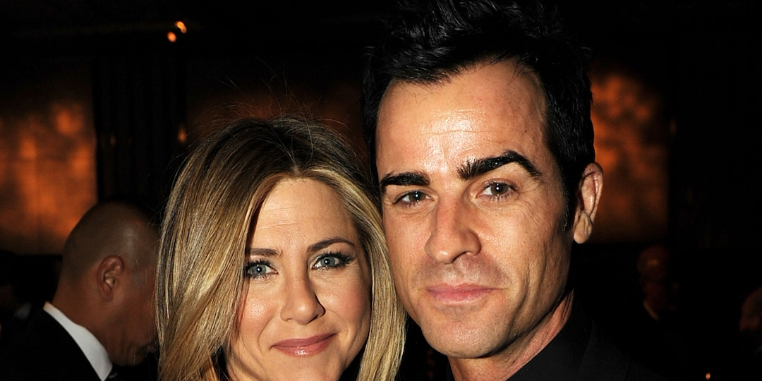 Jennifer Aniston Sends Love to Ex Justin Theroux in Supportive Message - E! Online.jpg