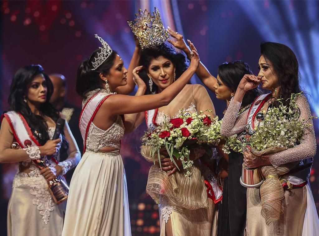 Pushpika De Silva, Caroline Jurie, Mrs. Sri Lanka, Pageant, Crown