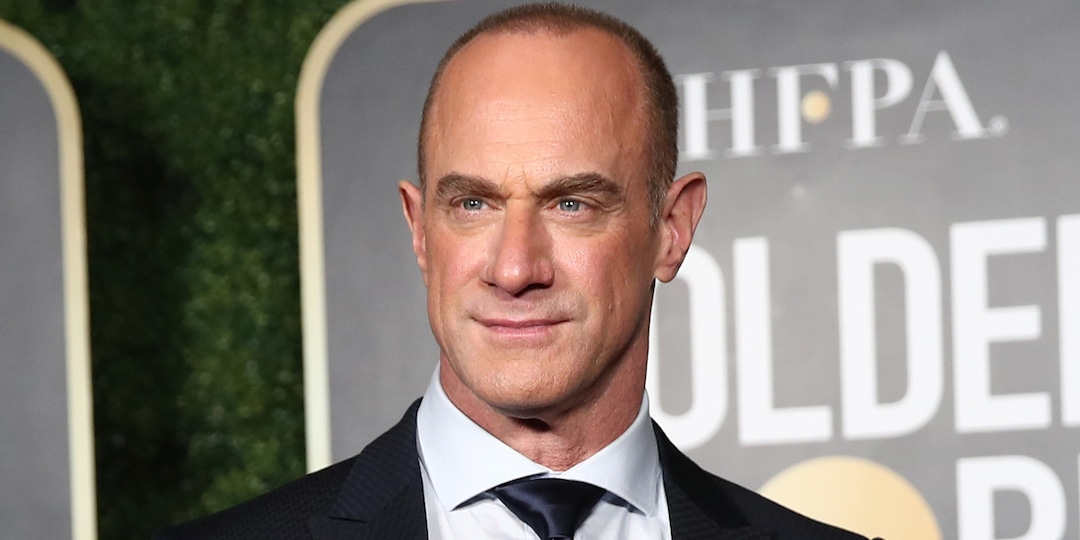 "Christopher Meloni Responds to Questions About His ""Big Cake"" After Photo of His Tight Pants Goes Viral - E! Online.jpg"