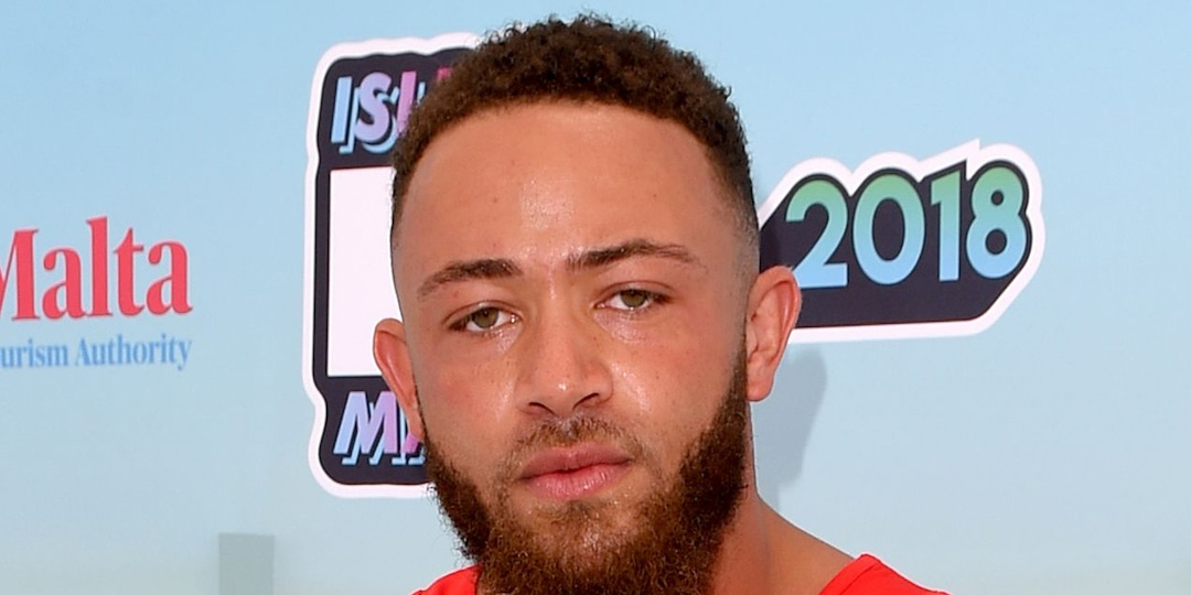 "The Challenge's Ashley Cain Says His 8-Month-Old Daughter Has ""Days to Live"" - E! Online.jpg"