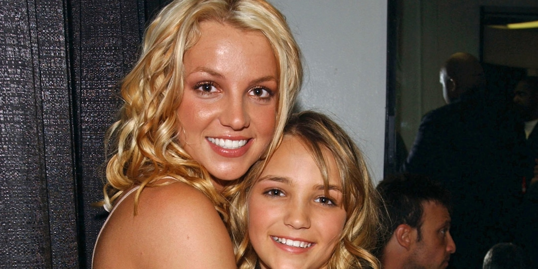 "How Jamie Lynn Spears' Zoey 101 Role ""Pulled Her Away"" From Britney Spears - E! Online.jpg"