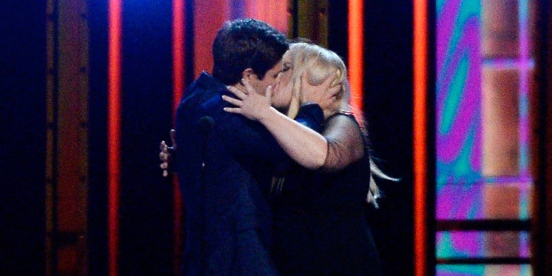 A Complete Lip-Locking History of the MTV Movie & TV Awards' Best Kiss Winners - E! Online.jpg