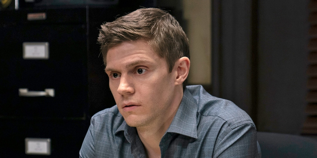 Let's Take A Moment To Appreciate Evan Peters - E! Online.jpg