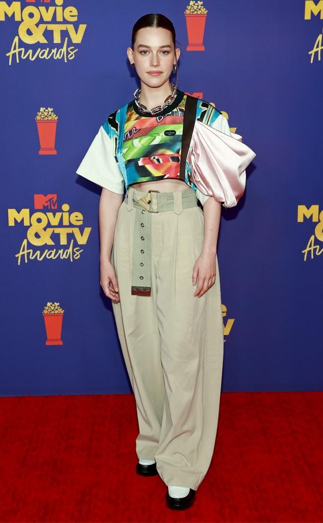 Victoria Pedretti, 2021 MTV Movie and TV Awards, Red Carpet Fashion