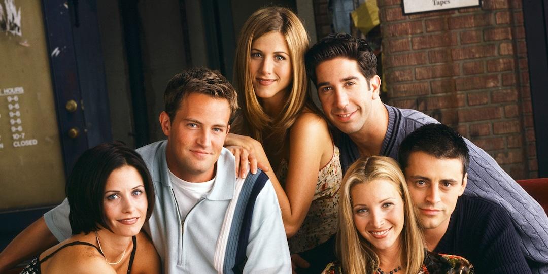 Watch the Friends Cast Perform the Weirdest Carpool Karaoke Ever - E! Online.jpg