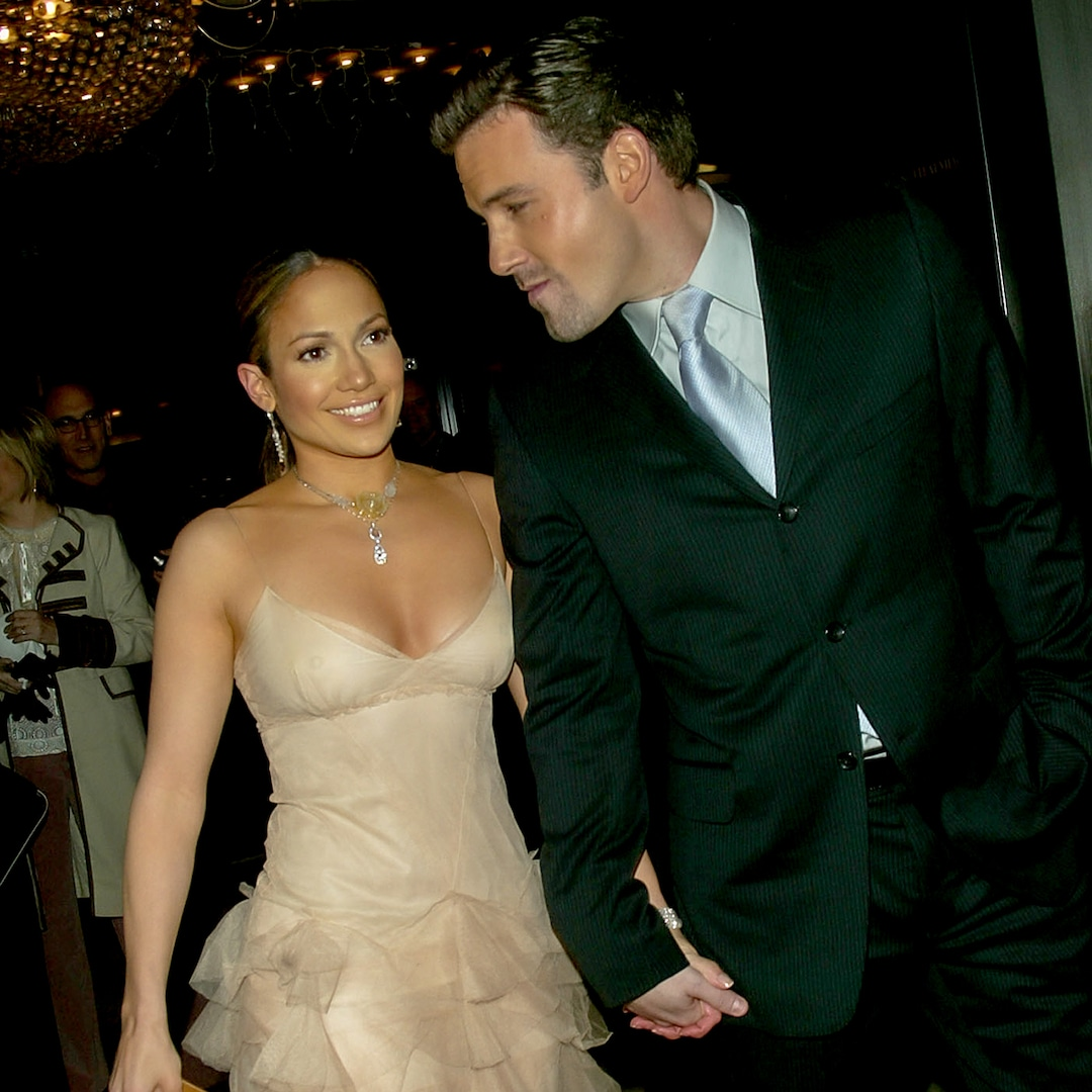 Jennifer Lopez and Ben Affleck Enjoy Weeklong Vacation 17 Years After Their Split - E! Online