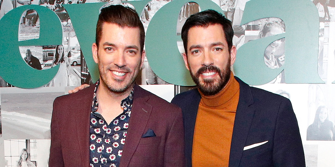 Drew Scott Reveals the Touching Wish He Had for Brother Jonathan During His Tearful Best Man Speech - E! Online.jpg