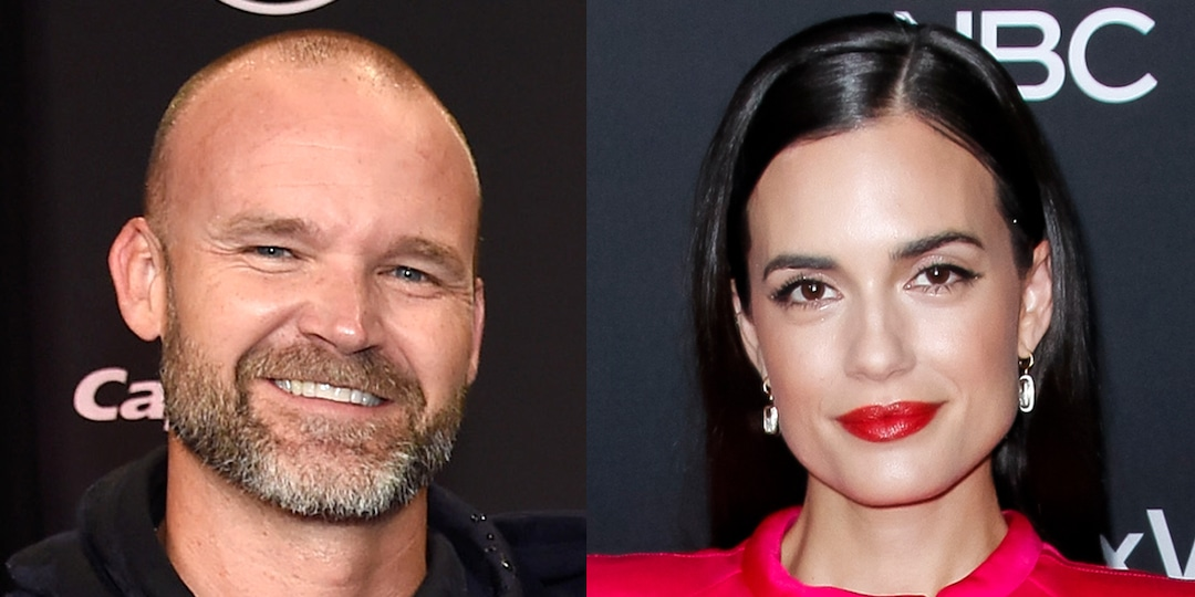 Torrey Devitto Confirms She's Dating Chicago Cubs Manager David Ross With Sweet Post - E! Online.jpg