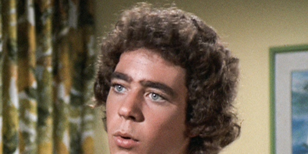 """The Brady Bunch's Barry Williams Reflects on """"Very Intense Years"""" in Rare Interview - E! Online.jpg"""