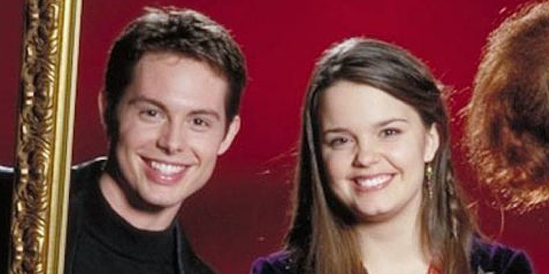 Halloweentown's Kimberly J. Brown Shares How She Fell in Love With Her Disney Co-Star - E! Online.jpg