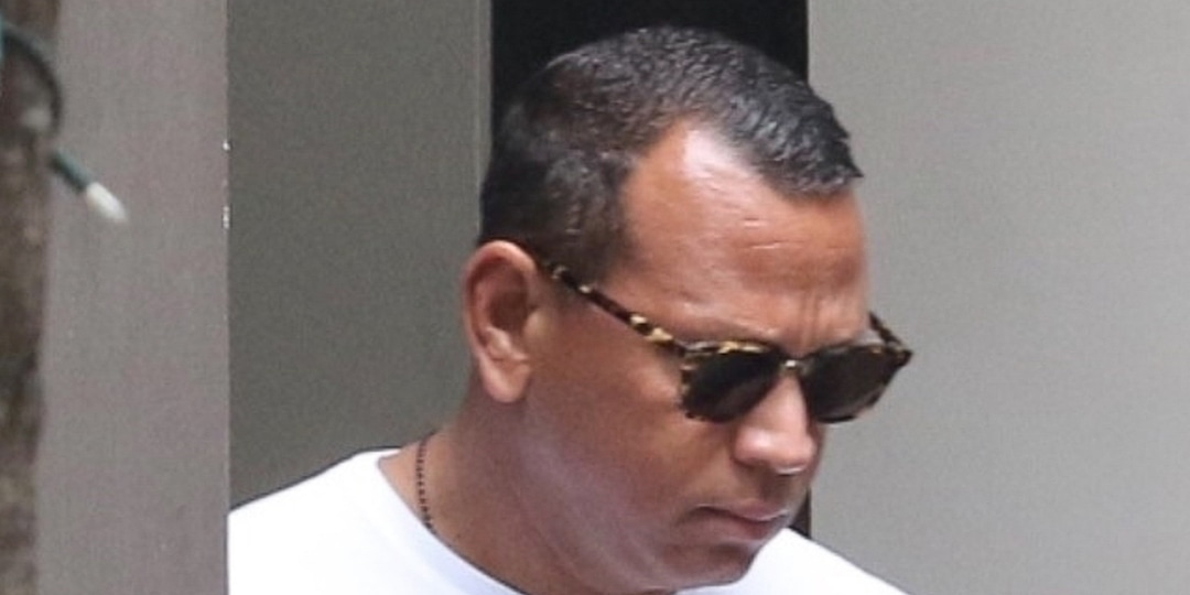 Alex Rodriguez Was Spotted Leaving Katie Holmes' Building, But It's Not What You Think - E! Online.jpg