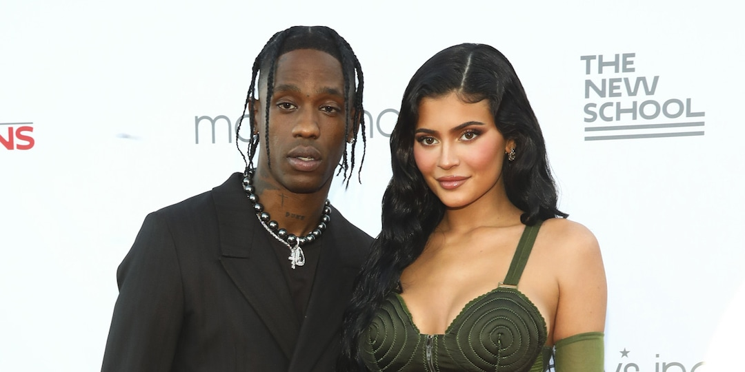 """Travis Scott Says He Still Loves """"Wifey"""" Kylie Jenner as They Attend Gala With Stormi Webster - E! Online.jpg"""