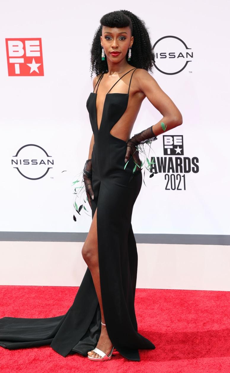Ebony Obsidian, 2021 BET Awards, red carpet fashion
