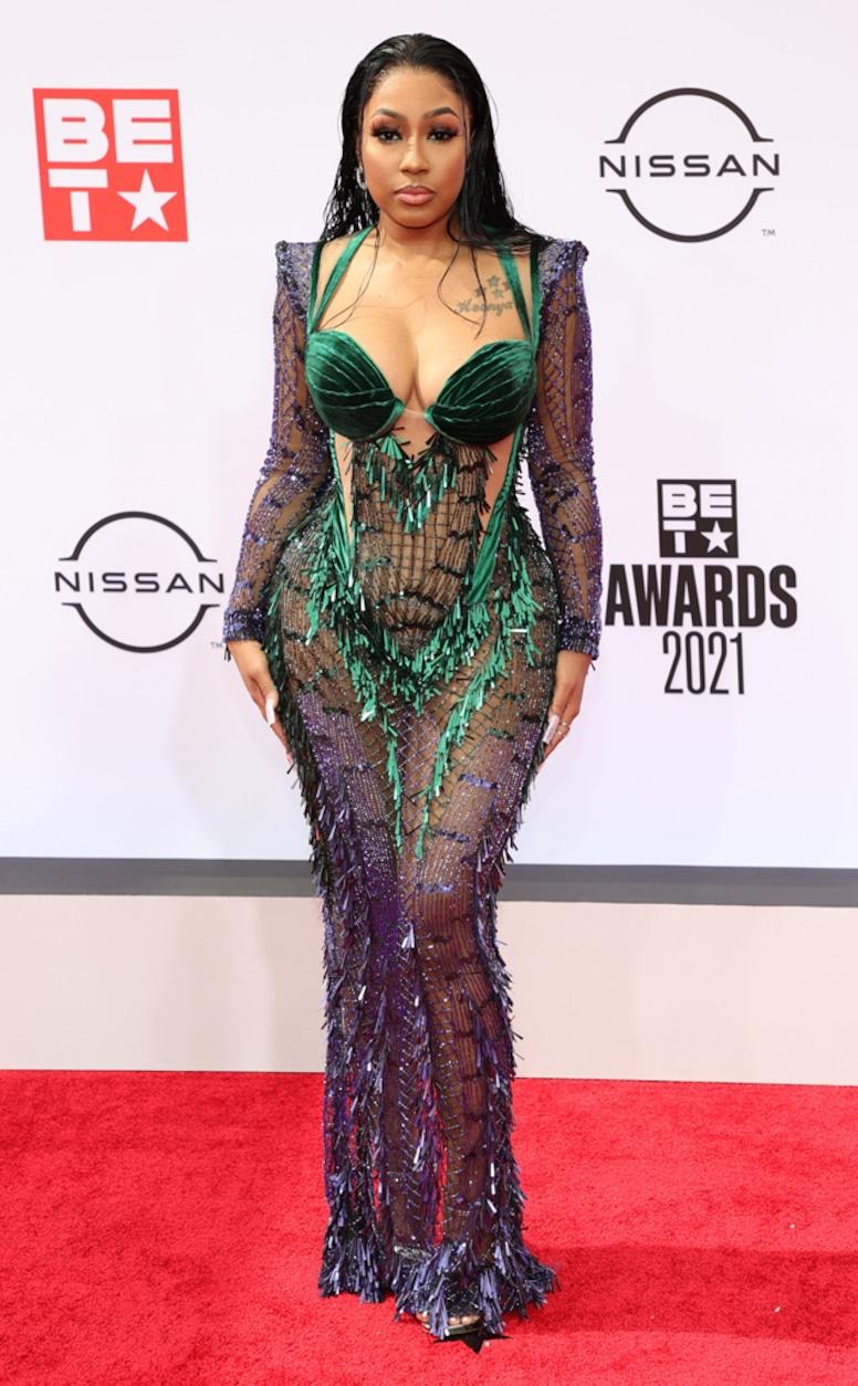 Yung Miami, 2021 BET Awards, red carpet fashion