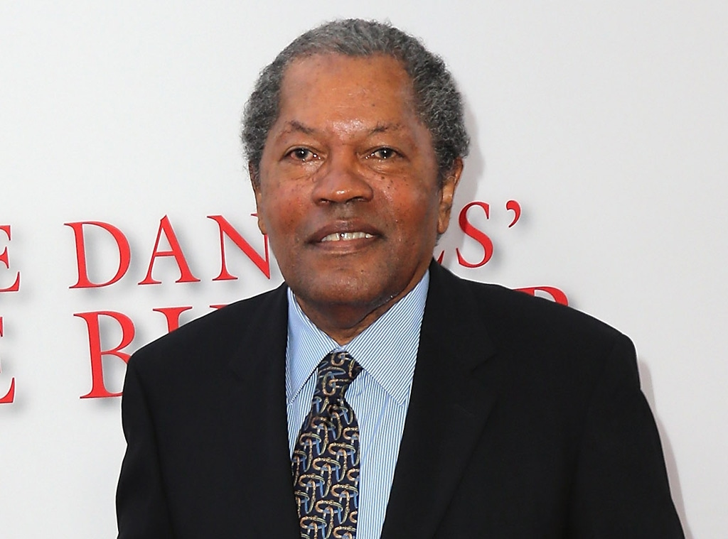 https://akns-images.eonline.com/eol_images/Entire_Site/202156/rs_1024x759-210606155556-1024-Clarence-Williams-III-2-mp.jpg?fit=around%7C1024:759&output-quality=90&crop=1024:759;center,top