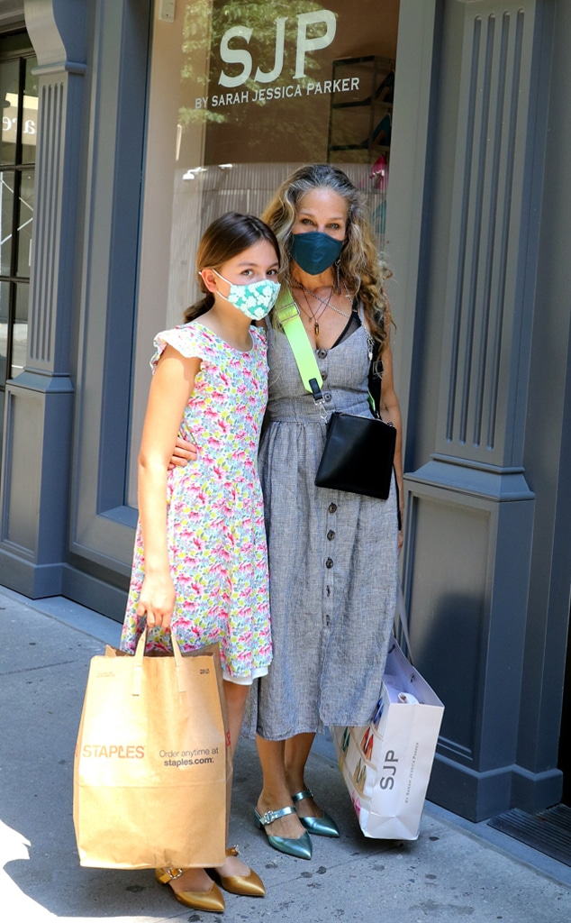 Sarah Jessica Parker's Daughter Tabitha Is a Budding Fashionista - E! Online