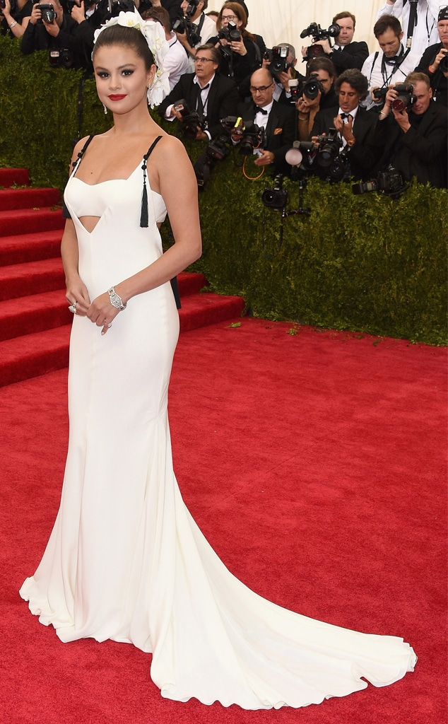 """Selena Gomez: """"I Didn't Feel Good About My Body"""" at This Met Gala ..."""