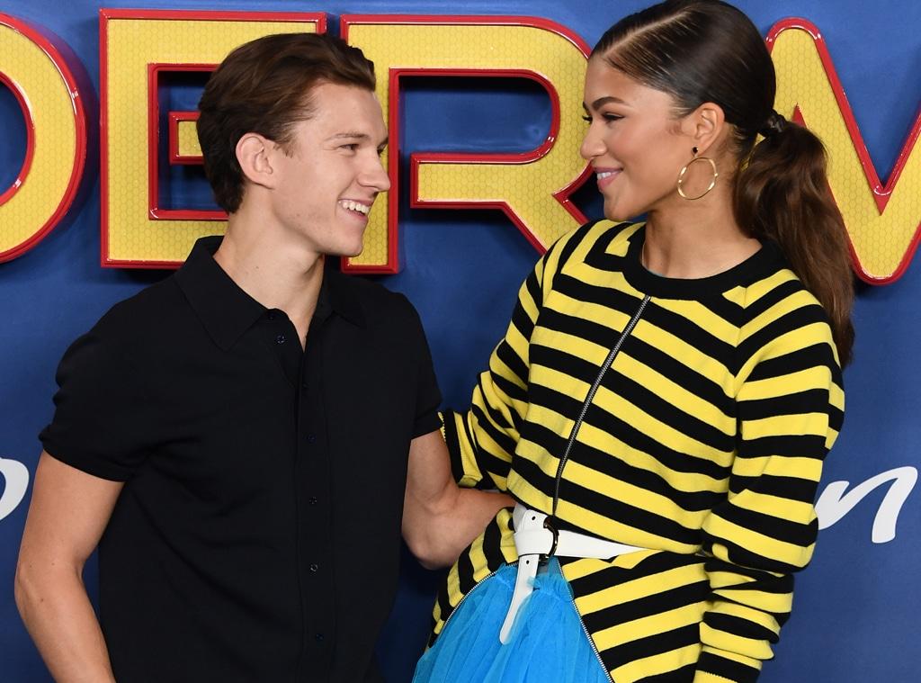 Zendaya y Tom Holland confirman su romance tras ser captados en una  romántica sesión de besos! - E! Online Latino - MX