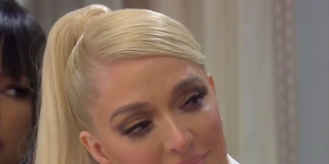 """Erika Jayne Claps Back at Hater Who Says She's Too """"Smart"""" to Shop at T.J. Maxx - E! Online.jpg"""