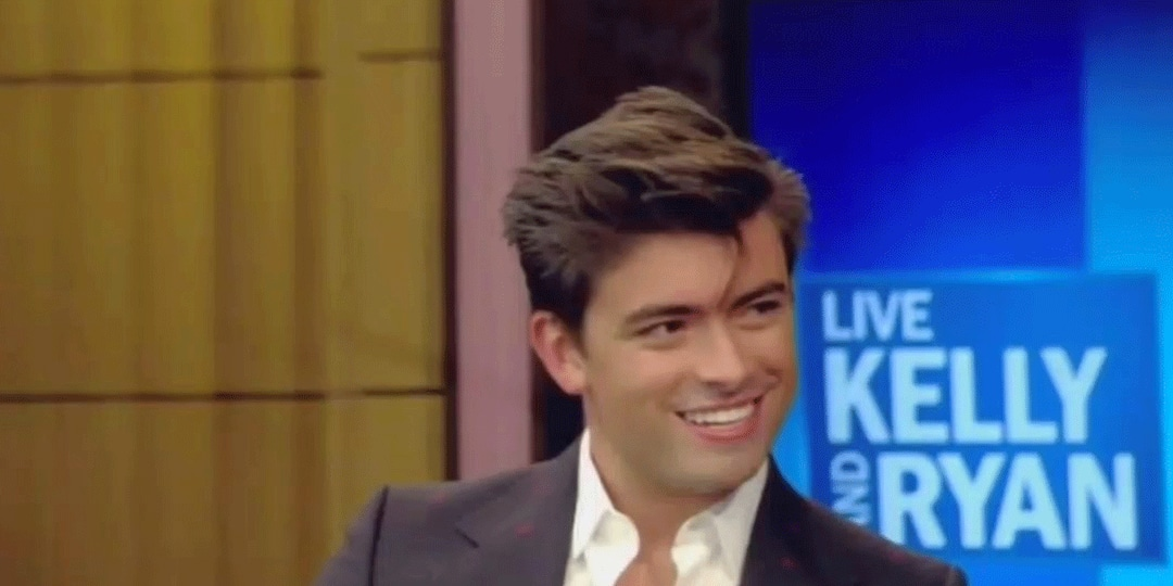 Watch Kelly Ripa and Mark Consuelos' Son Michael React to Those Vacation Photos - E! Online.jpg