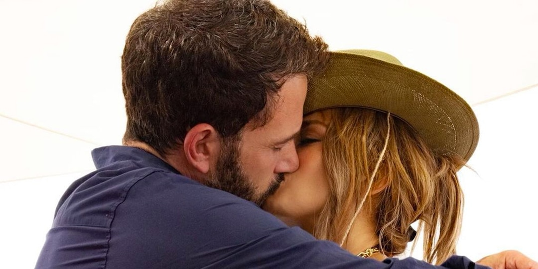 """Jennifer Lopez Is """"Totally in Love"""" With Ben Affleck as Their European Getaway Continues - E! Online.jpg"""