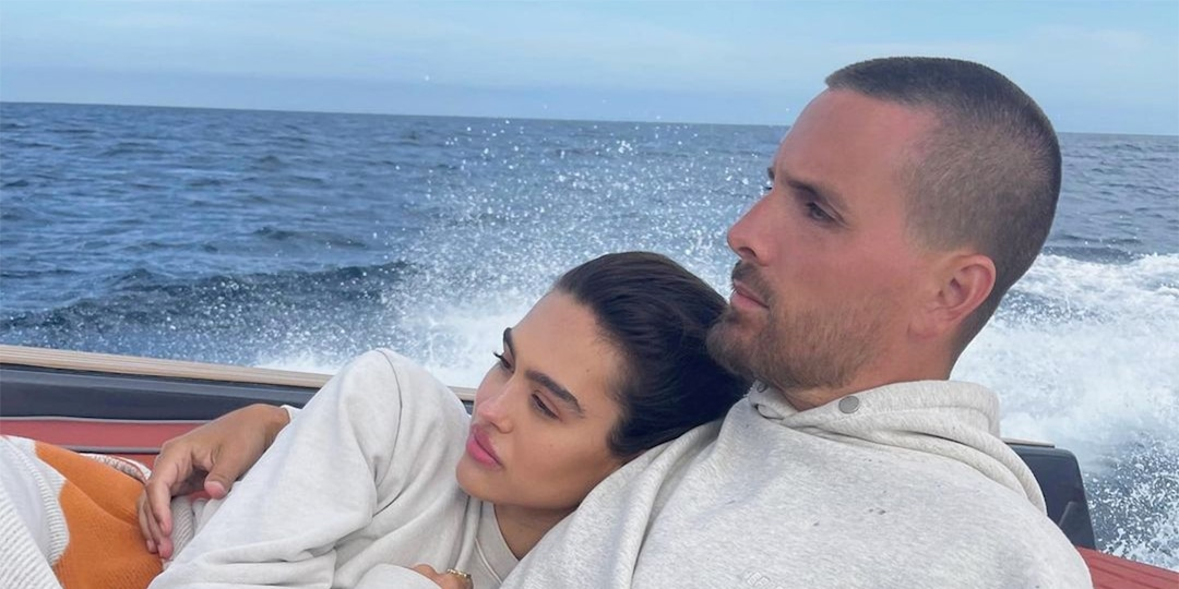 Scott Disick and Amelia Hamlin Cuddle Up Together on Boat Trip With His Daughter Penelope - E! Online.jpg