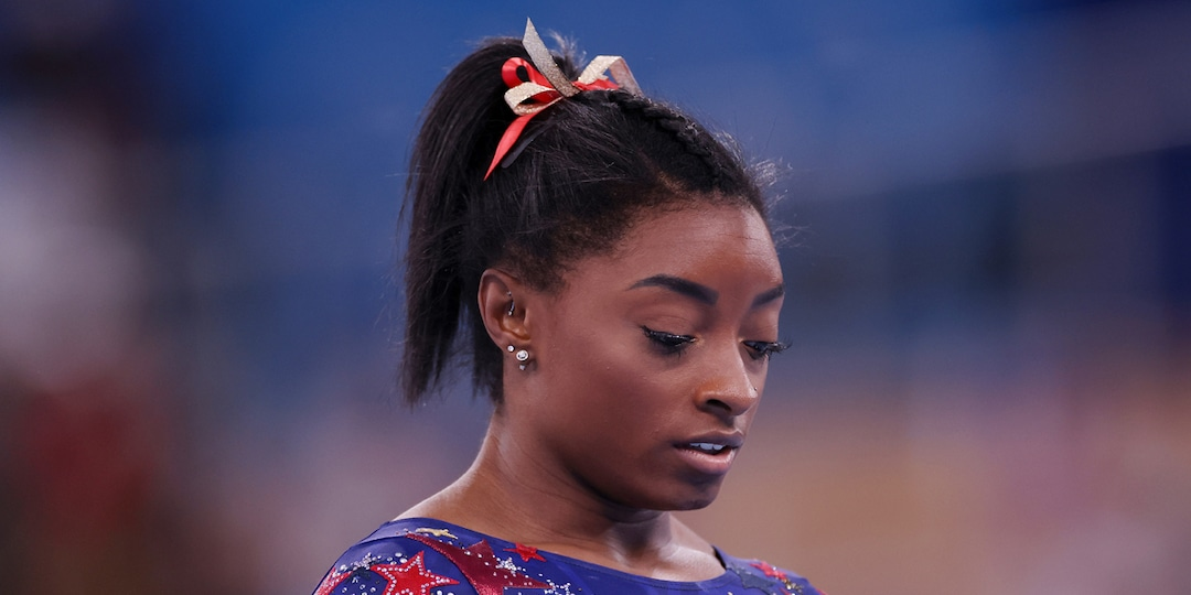 """Simone Biles Feels She Has the """"Weight of the World"""" on Her Shoulders After Rough Start at 2020 Olympics - E! Online.jpg"""